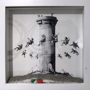 Banksy Walled Off Hotel Set Box Edition Street art Galerie d'art en ligne